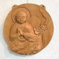 仏像を彫る